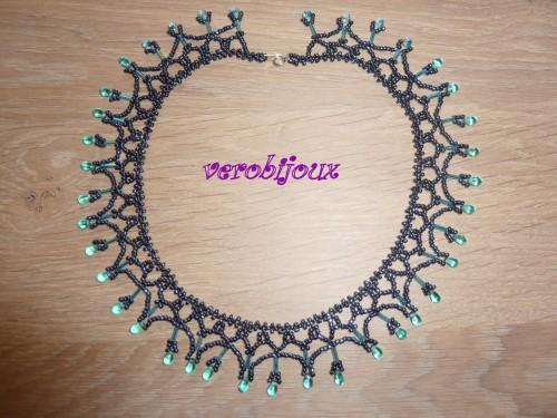 collier coco noir et turquoise.JPG