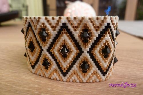 Bracelet manchette Vue 2.JPG