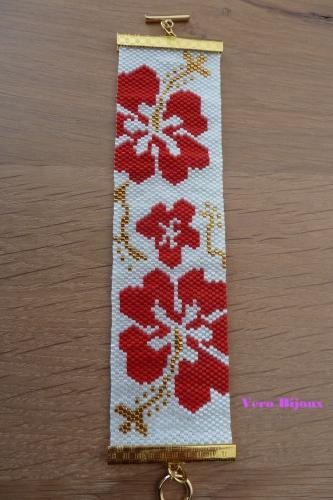 Manchette fleurs rouge blog.jpg