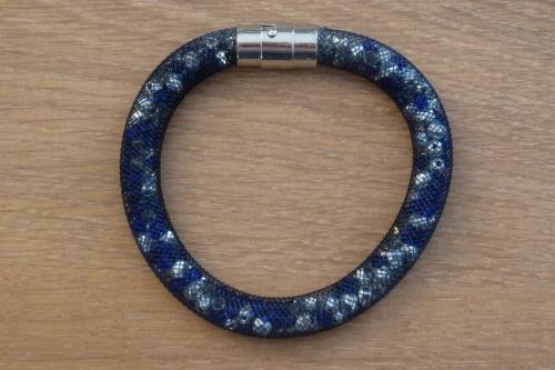 Bracelet resille bleu.JPG